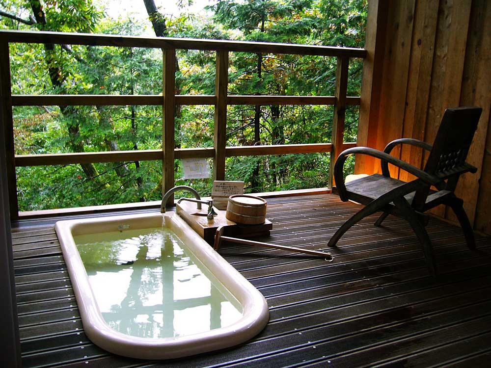 露天風呂付客室に泊まりました。