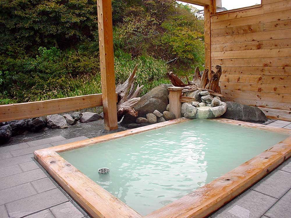 高湯温泉 ひげの家