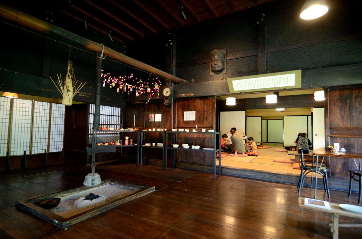 鳴子 里山カフェと酒井蘭子器展