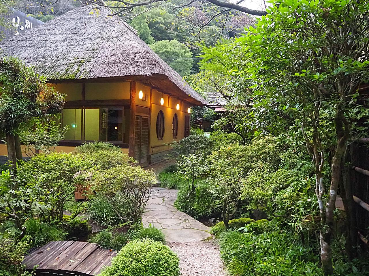 箱根湯本温泉「離れ 山家荘」